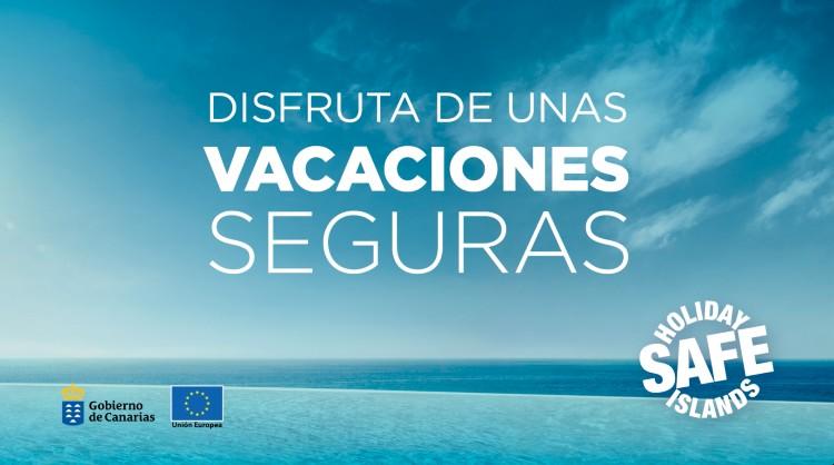 Imagen de la acción informativa con recomendaciones para disfrutar de unas vacaciones seguras. Islas Canarias