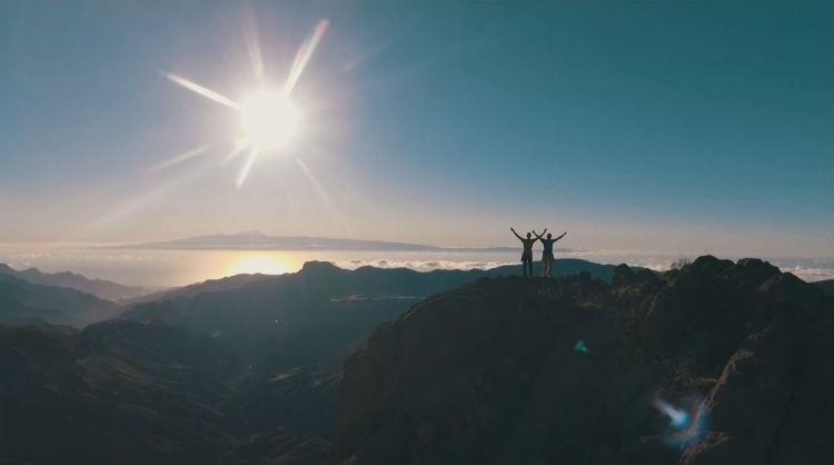 Fotograma del reportaje sobre los hermanos Pou, escaladores y alpinistas mundialmente conocidos, entrenando en Gran Canaria, Islas Canarias