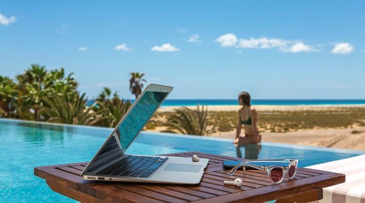 """La acción """"La oficina con el mejor clima del mundo busca remote worker"""" logra 31,5 millones de impactos en medios y redes sociales"""