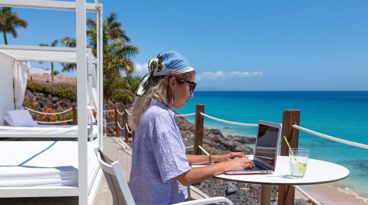Las Islas Canarias incrementan en un 10% mensual la llegada de teletrabajadores al archipiélago