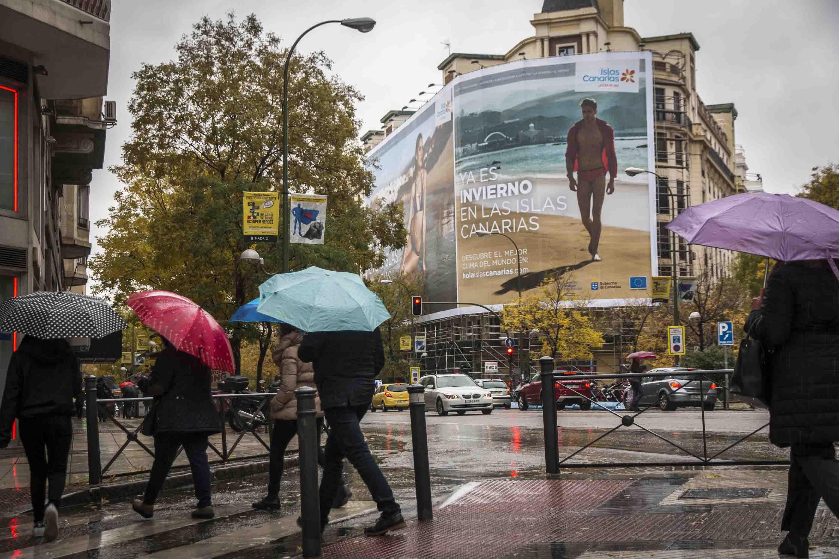 'Ya es invierno en las Islas Canarias' campaign